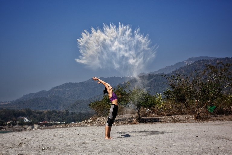himalayan-view-from-avatar-yoga-school-rishikesh-india